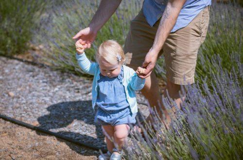apprentissage marche chez bébé